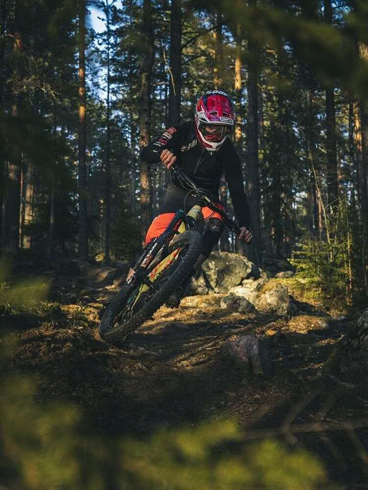 720e7457c7d RST rider ANTON KARLSSON - Race Report for the Enduro Series Sweden((Feat.  the RST ROGUE 110 Enduro Race fork)